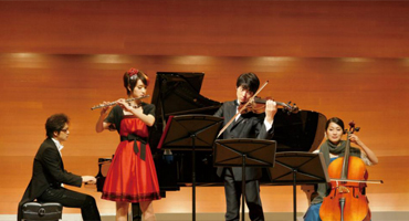 May: Friday Eiga Night | Quartet!